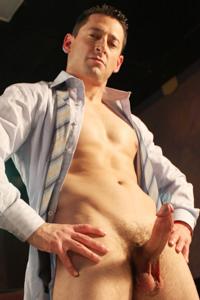 Picture of Ari Silvio