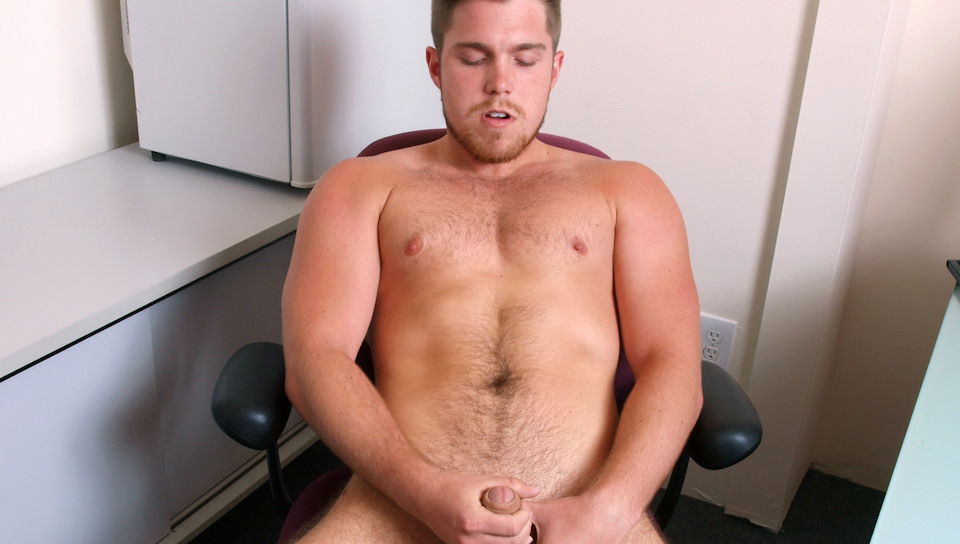 Employee recorded stroking his hard dick in the office