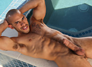 Gay Porn : Beating the Heat - Austin Wilde!