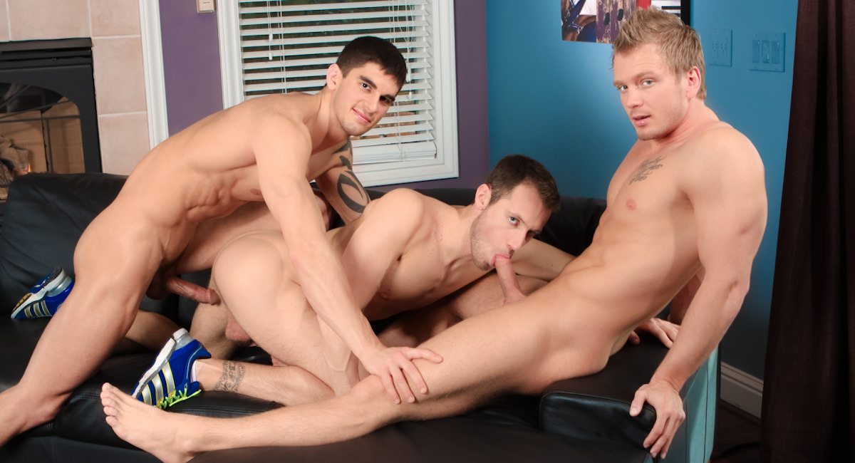 Gay Muscle Men : Best in the Biz - Tyler Torro -amp; Kyle Quinn -amp; James Huntsman!