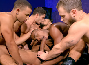 Into Darkness : Shawn Wolfe, Boomer Banks, Trelino, Tyson Tyler, Dato Foland