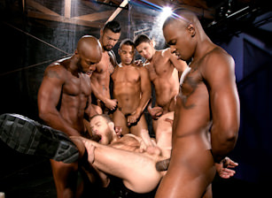 Into Darkness : Race Cooper, Shawn Wolfe, Boomer Banks, Trelino, Tyson Tyler, Dato Foland