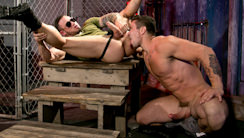 Under My Skin - Part 1 : Trenton Ducati, Seven Dixon