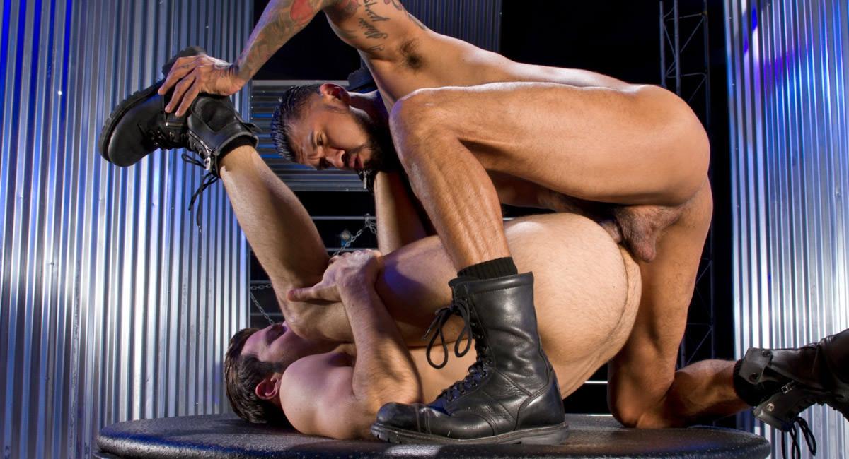 Raging Stallion: Boomer Banks & Dario Beck - Fuck Hole