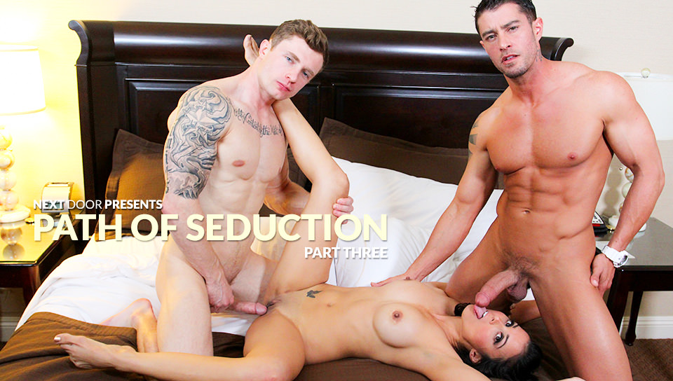 Cody Cummings, Markie More & Lola Castillo – Two Guys and a Girl
