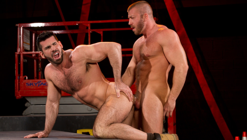Hunter Marx & Billy Santoro – Fur & Muscle Collide