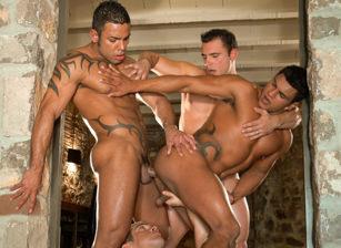 Skin Deep 2:  Ricci Julian, Pedro Andreas, Kaio Castro & Alex Ferrari
