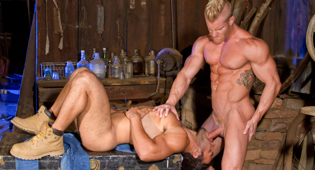 Raging Stallion: Johnny V & Dorian Ferro - Total Exposure 2