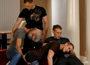 Mason Wyler, Jake Steel, Brandon Bangs & David Stone, Scène 1
