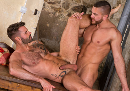 Raging Stallion: Dani Robles & Emir Boscatto - Hung Country