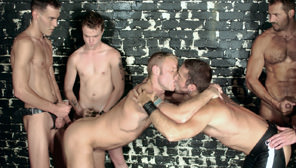 Man Made : Bryce Pierce, Holden Grey, Gus Mattox, Arpad Miklos, Troy Punk, Joel Drake