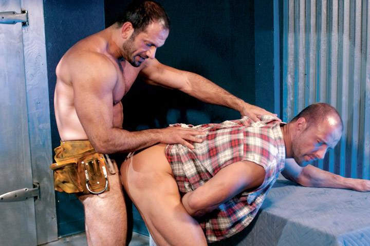 Αποτέλεσμα εικόνας για mike grant trapped part 1 gay porn