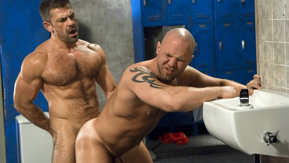 Dickin' Around, Scene #04